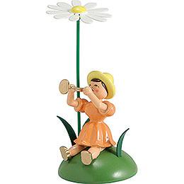 Blumenkind mit Margerite und Trompete sitzend  -  12cm