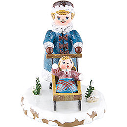 Winterkinder Mädchen mit Kinderschlitten  -  7cm